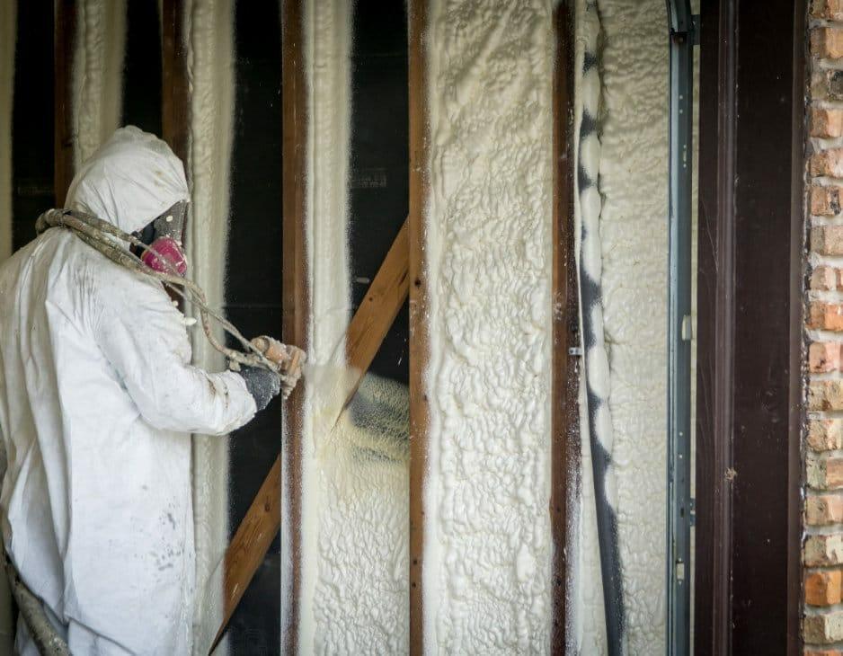 Isolation mur mousse polyuréthane projetée