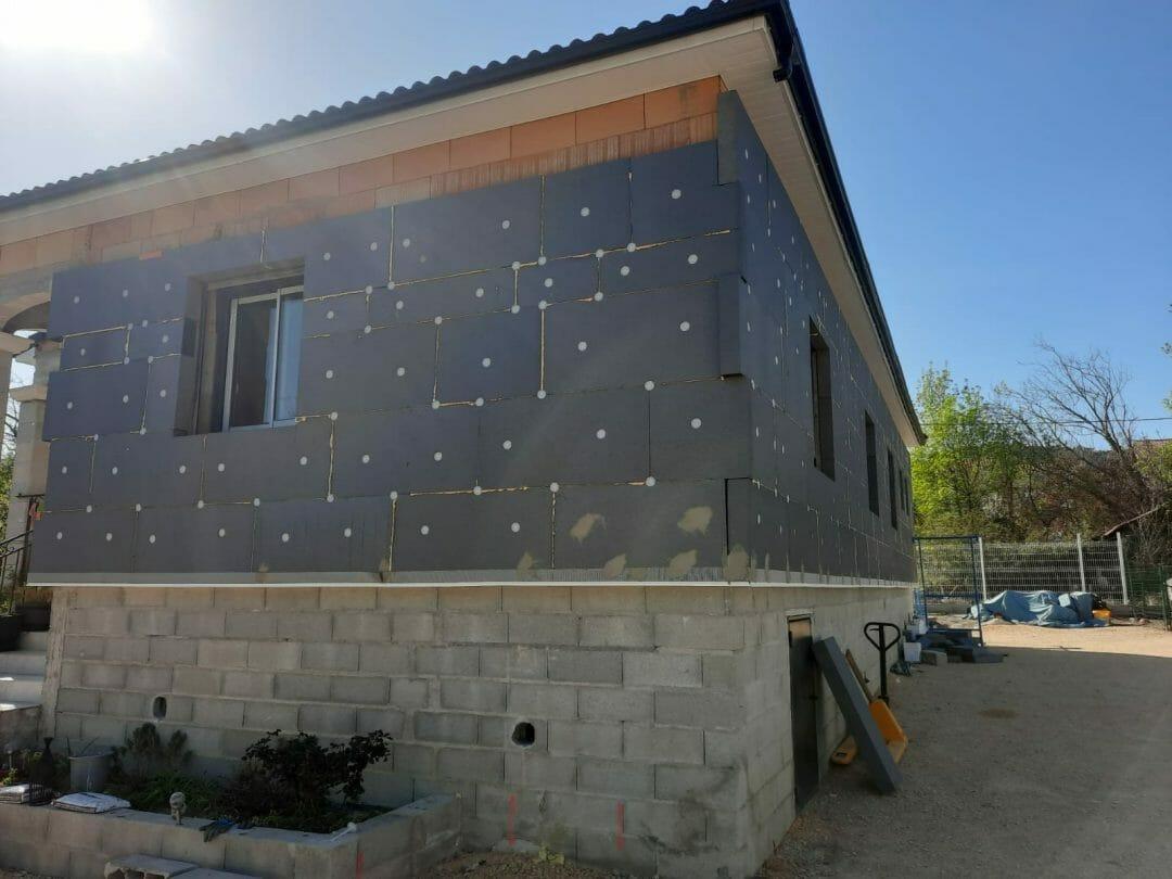 Isoler maison par mur extérieur travaux IEF